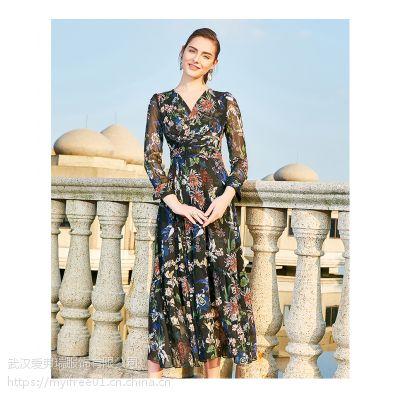 四五线城市卖服装到那里拿货奕色五分袖气质连衣裙