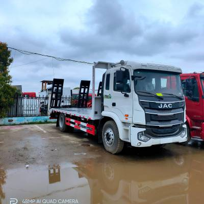 江淮K5单桥挖机平板拖车 可以拖120和150挖机的平板拖车