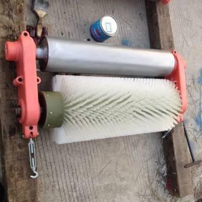 天德立B800无源皮带滚刷清扫器 B1000机械滚刷皮带清扫器