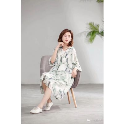 广州雪丹技品牌折扣女装简约连衣裙库存尾货厂家直销