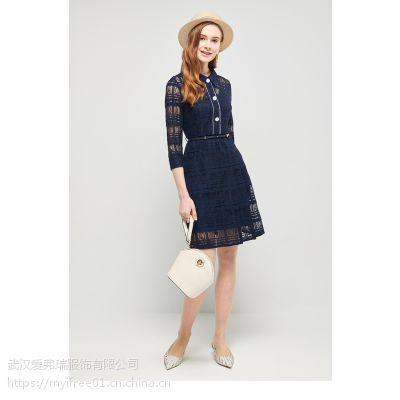 哪个服装拿货网比较好依尔斯曼条纹高腰小黑裙