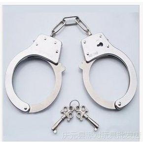 万圣节警察囚犯手铐 cos道具 万圣节化装舞会用品 玩具手铐