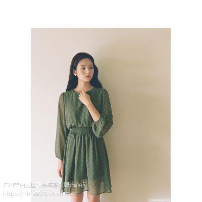 DNCY杭州哪里有服装尾货批发 东北女装折扣批发尾货绿色风衣